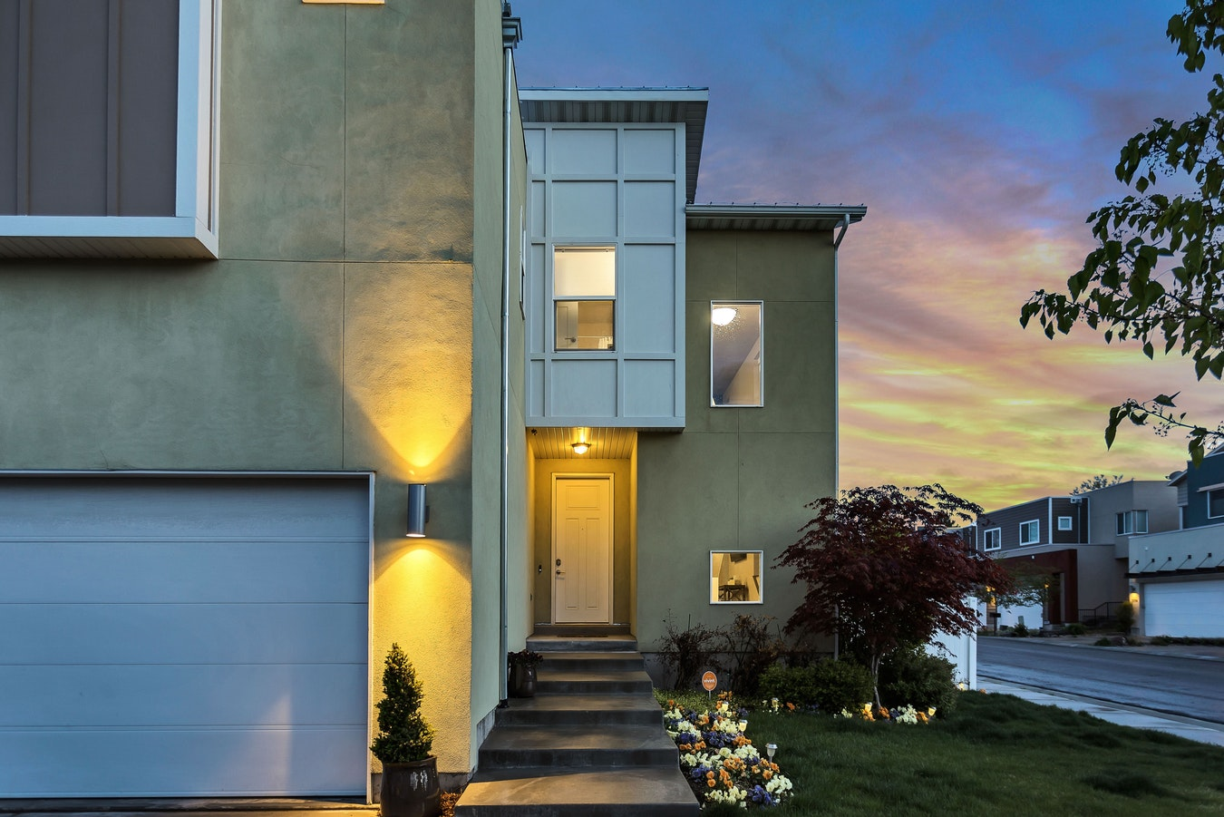 Invest in Curb Appeal to Sell Your Home Quicker and for More Money
