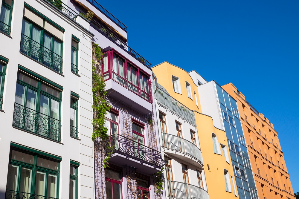 Townhouse vs. House: Find Out What's Best for You